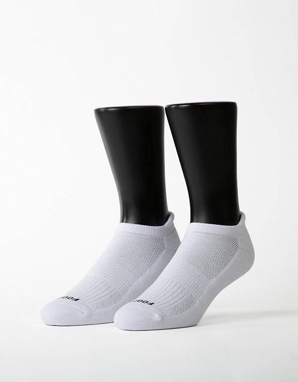 素色美學氣墊防磨船短襪