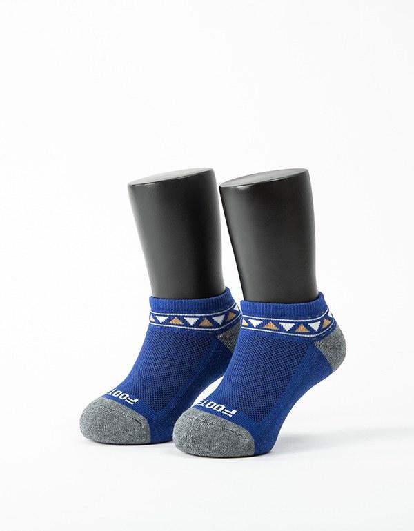 經典圖騰運動氣墊襪