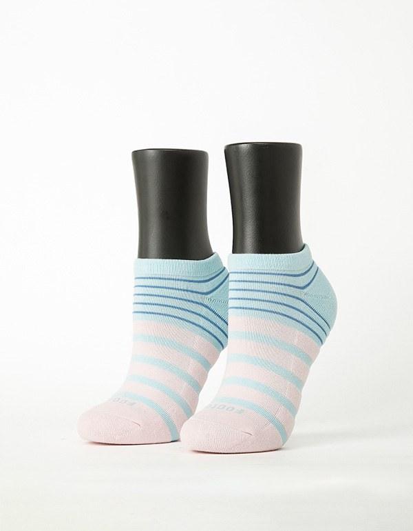 特-甜美叛逆運動船短襪