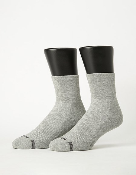 寬口運動逆氣流氣墊襪