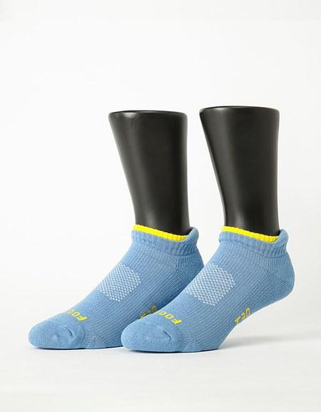 機能輕壓力運動船短襪