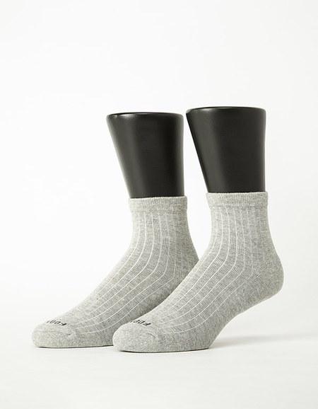 復古直線條微分子薄襪